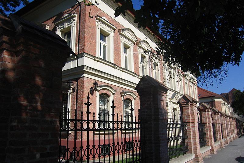 Monarchia Irodaház, Budapest, Óbuda
